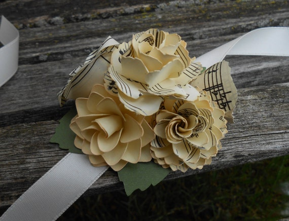Custom Corsage. CHOOSE YOUR COLORS. Wrist or Pin-On. Weddings, Prom, Homecoming, Etc.