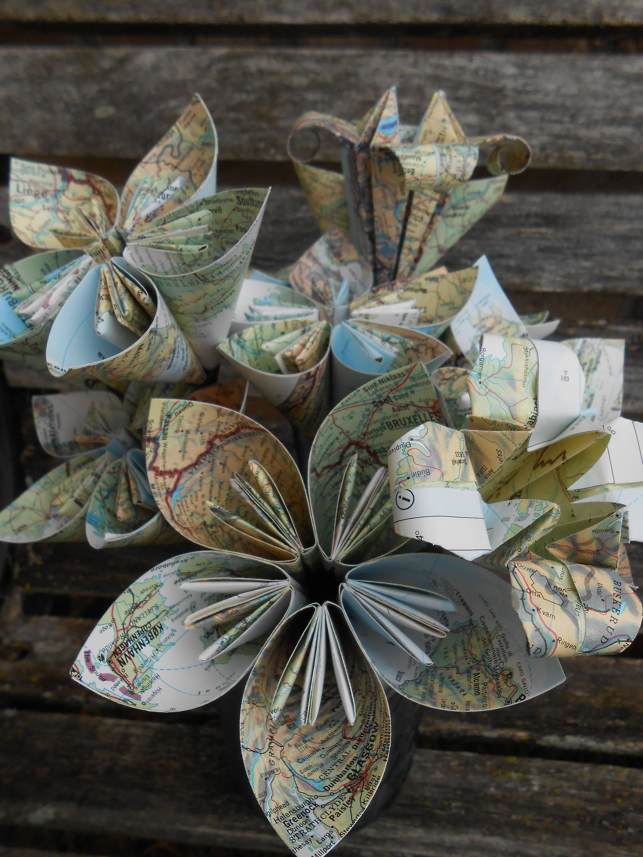Vintage Map Paper Flower Bouquet World Maps Origami Kusudama