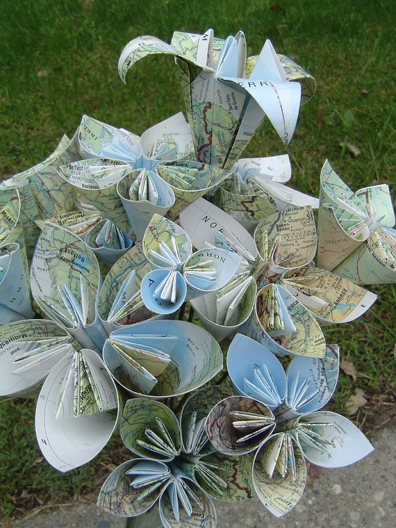 Vintage Map Paper Flower Bouquet. Origami. Gift For Mom, Anniversary, Birthday, Wedding Centerpiece, Graduation, Party Decor