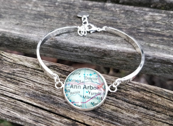 Custom Map Bracelet.  CHOOSE YOUR PLACE.  Wedding,  Anniversary, Christmas Gift, Citizenship, Bridesmaid, Bridal.