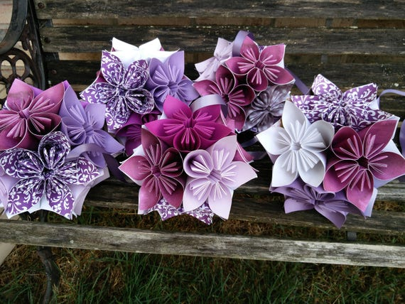 Custom Kusudama Ball Decorations, IN YOUR COLORS. Hanging or Vase. Wedding Decoration. Baby Shower, Birthday. Home Decor.