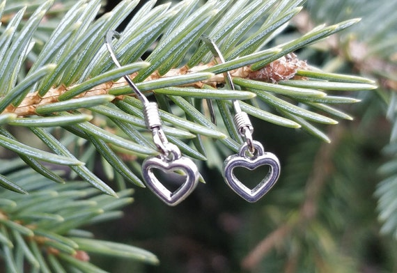 Little Heart Earrings. Silver. Wedding Gift, Bridesmaid, Mom, Anniversary Gift. Dangling