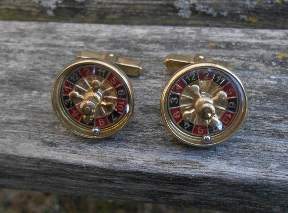 Vintage Roulette Wheel Cufflinks. WORKING! Gold, 1960s. Gift For Dad, Groom, Groomsmen, Anniversary, Wedding, Birthday. Poker.