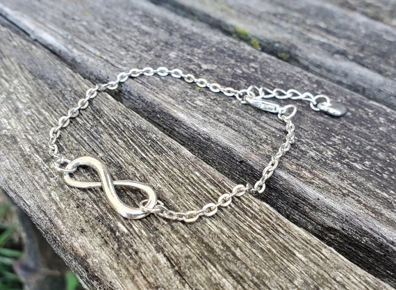 Infinity Bracelet. Anniversary Gift, Birthday Gift, Gift For Wife, For Mom, Kids Gift