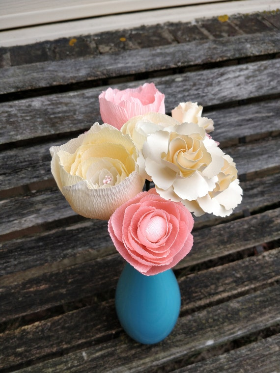 Custom Paper Bouquet. Crepe Paper Flowers. Perfect for First Anniversary, Weddings, Birthdays. Unique Gift.