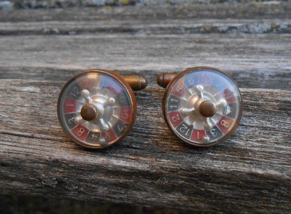 Vintage Roulette Wheel Cufflinks. WORKING! Gold Cufflinks. 1960s. Gift For Dad, Groom, Groomsmen, Anniversary, Birthday. Poker.