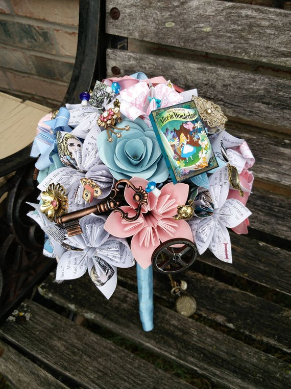 Bridal Paper Flower Bouquets.  Wedding, Bridesmaid, Comic, Books, Maps, Sheet Music. Bridesmaid, Toss