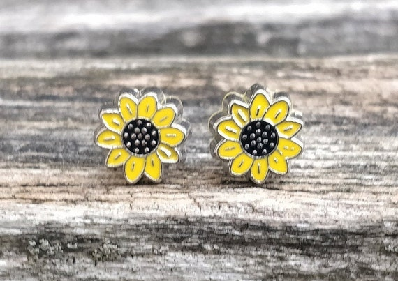 Sunflower Earrings. Wedding Gift, Bridesmaid Gift, Gift For Mom, Anniversary Gift. Post Earrings