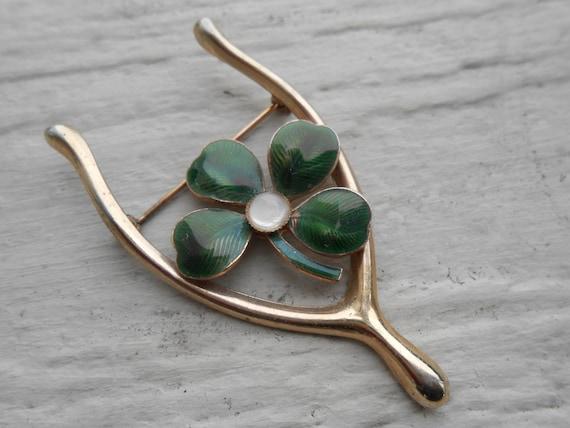 Vintage Shamrock Pin. Wishbone. Gold Tone, Enamel. St. Patrick's Day, Mother's Day, Bridesmaid Gift, Anniversary, Birthday.