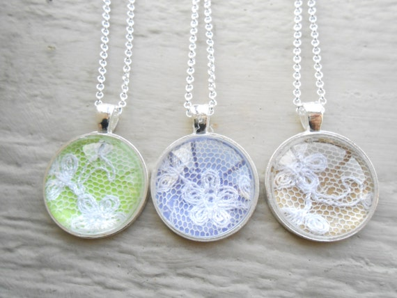 Wedding Lace Necklaces. CHOOSE Your COLORS & AMOUNT. Custom Necklace.  Bridesmaid Gift, Gift For Mom, Bridal Jewelry. Memory Locket