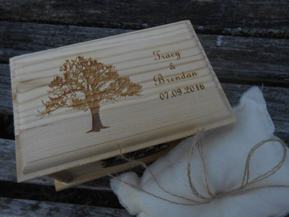Personalized Oak Tree Ring Box, Pillow. CHOOSE YOUR PILLOW Style! Proposal, Wedding.