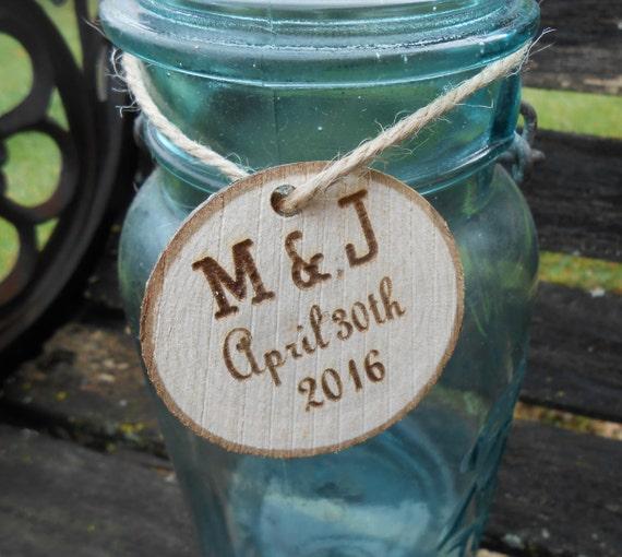 25 Personalized Wood Rounds. Laser Cut, Rustic Wedding Favor, Table Decor, Confetti. Monogram, Letter