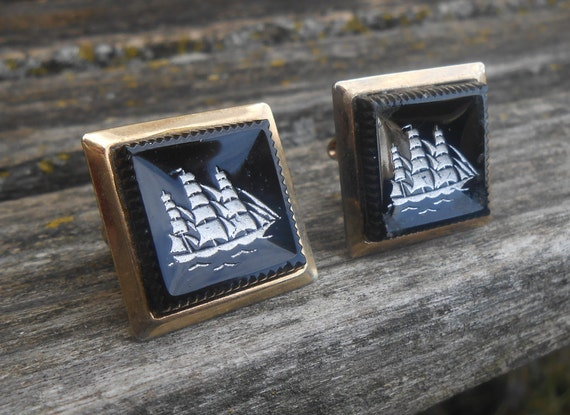 Vintage Sailboat Cufflinks. Onyx, Gold. Wedding, Men's, Groomsmen Gift, Dad, Anniversary, Birthday, Groom. Boat, Ship, Schooner, Anchor