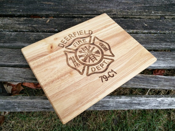 Personalized Cutting Board, CHOOSE YOUR DESIGN. Laser Engraved. Wedding Gift, Christmas, Groomsmen, Anniversary, Birthday, Housewarming