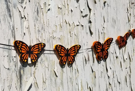 Butterfly Garland. 10 feet. CHOOSE YOUR COLORS. Wedding, Shower, Birthday, Home Decoration, Monarch.