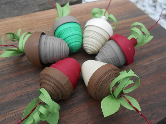 ACORN Christmas Ornaments. SET of SIX, Quilled Paper Ornament. Gift For Mom, Dad, Men, Women. Tree Decoration