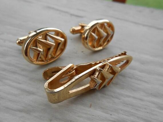 Vintage Chevron Cufflinks & Tie Clip.  Christmas, Wedding, Men's, Groomsmen Gift, Dad. Arrow