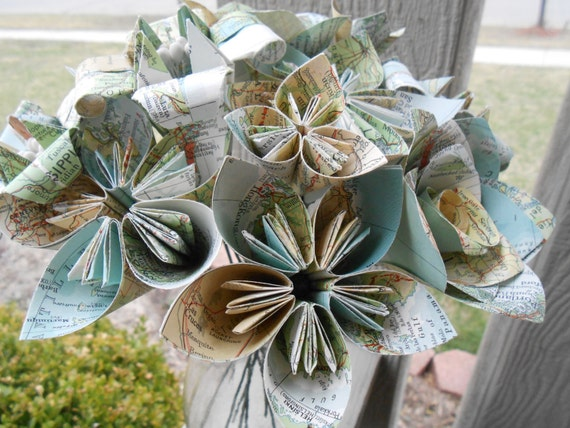 Vintage Map Paper Flower Bouquet. World Maps. Origami Kusudama, Roses, Lily Flowers. First Anniversary, Gift, Birthday, Centerpiece, Wedding
