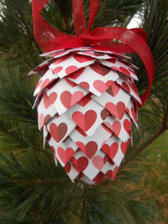 Heart Paper Pinecone Ornament. Decoration, Christmas, Gift, Birthday, Anniversary, Wedding. Red, White, Pink