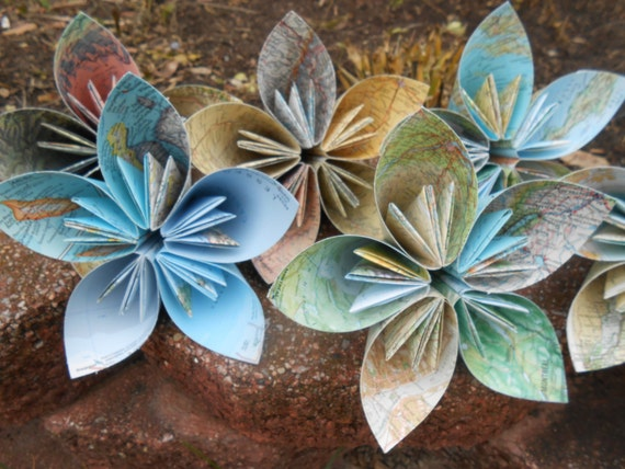 5 Huge Kusudama Paper Flowers. CHOOSE Your MAP, PAPER, Etc. Great For Weddings, Centerpiece, Decoration, Gift.