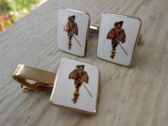 Vintage Musketeer Cufflinks & Tie Clip. Wedding, Men's, Groomsmen Gift, Dad.
