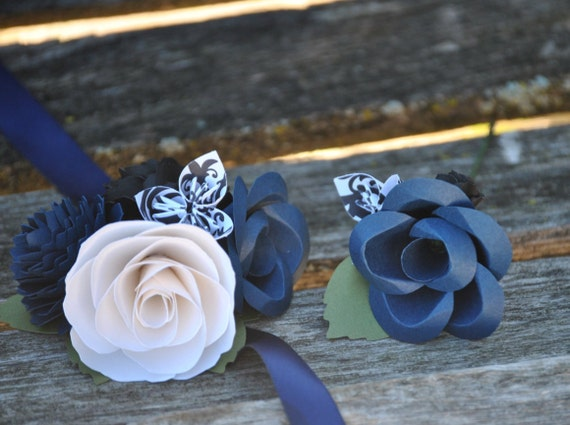 Custom Corsage & Boutonniere SET. CHOOSE Your COLORS. Wrist or Pin-On. Weddings, Prom, Homecoming, Etc.