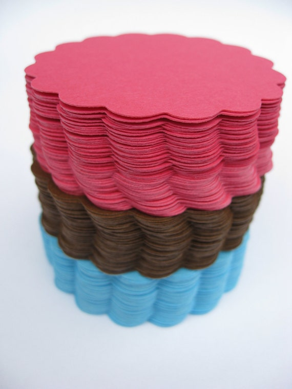 Scalloped Circles. Choose your amount and size. Wedding, Shower, Top Notes, Escort Cards, Place Cards, Garlands.