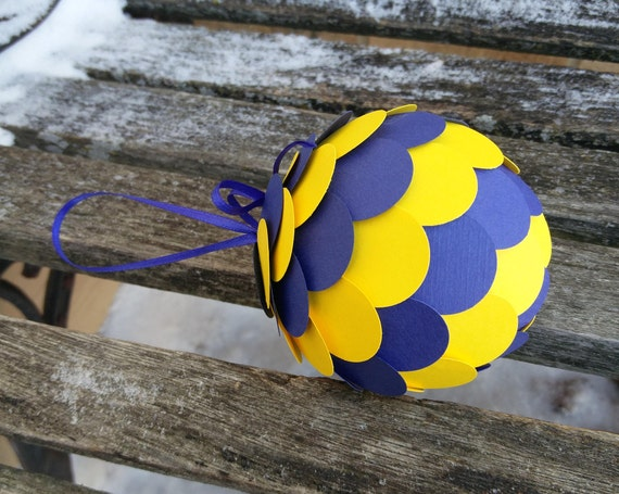 Michigan Ornament. Decoration, Christmas, Gift, Birthday, Anniversary, Wedding. Wolverines, Blue, Yellow