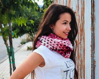 Pink crochet cowl, Infinity crochet cowl,  infinity neck warmer, pink crochet wrap, cute pink scarf, winter women cowl, winter womens scarf