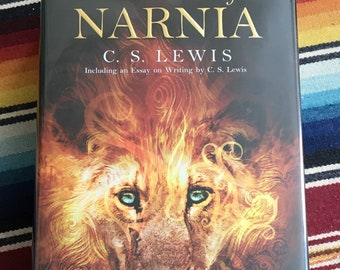 S LEWIS NARNIA 1:12 SCALE MINIATURE BOOK THE VOYAGE OF THE DAWN TREADER  C