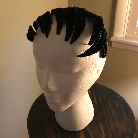 1950s black velvet beaded headpiece