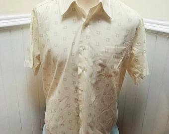 de28e2ffa4f Vintage 1960s Mens Off White Short Sleeved Dress Shirt