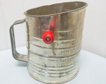 Vintage 1940s/1950s Silver Aluminum & Red Wooden Handle Bromwells Measuring Flour Sifter with Crank