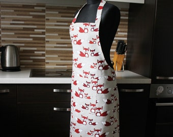 Foxes Linen Apron, Kitchen Apron with Pocket, pinafore with Foxes print, Gift for a cook or baker