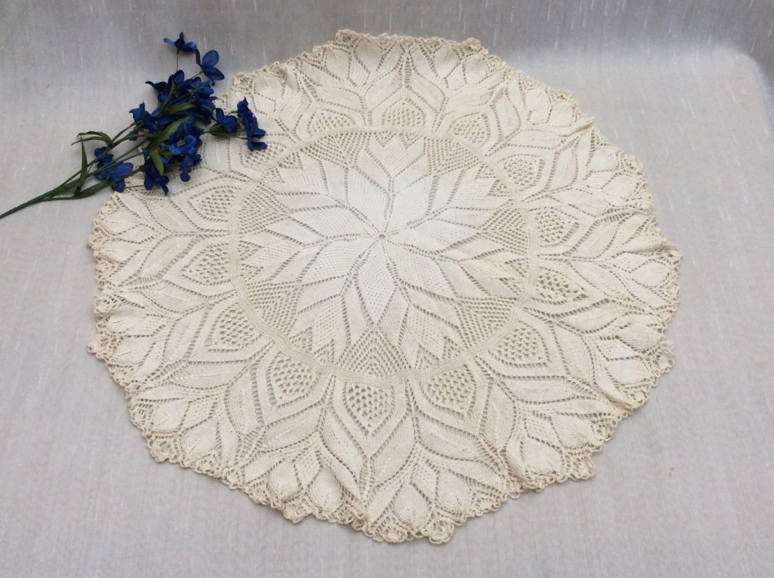 Vintage Large Ivory Leaf Pattern Knit Crochet Lace Doily Etsy