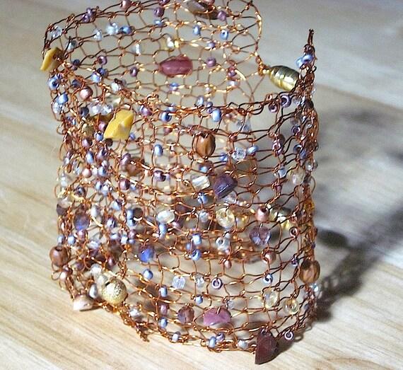 Handgefertigter Schmuck stricken Draht Manschette Armband aus
