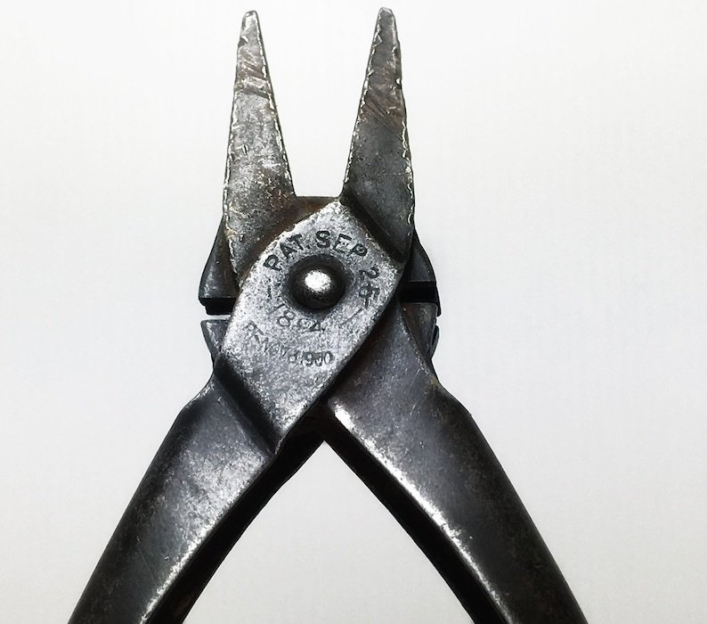 Vintage Antique 1800s-1900s LODI Brand USA Duck Bill Flat Nosed Pliers 5.5.Small Metalwork,Beading,Upholstery,Woodwork,Collection,Display