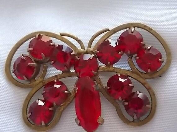 Am /_ Rote Blume Quasten Schmetterling Haarnadel Haarspange Vintage Damen Zubehö