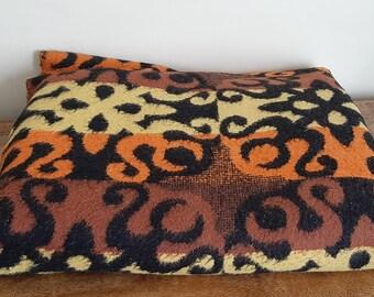 Vintage Picnic Blanket, Woollen Throw, 152cm x 192cm
