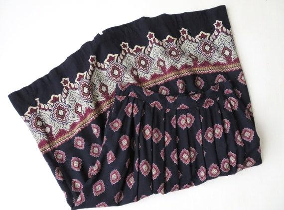 1980/'s-90/'s Bright Blue /& Purple Medallion Flower Print Skirt Elastic Waist Woven Polyester Leslie Fay Vintage Medium Large M L