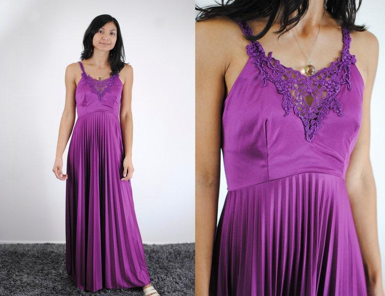 purple maxi dress floral lace deep V neckline empire waist pleated skirt princess prom bridesmaid dress feminine small womens magenta