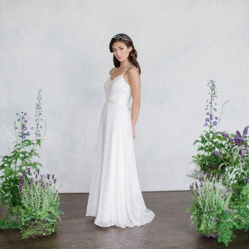 0f70bdc94ffc Simple Chiffon Wedding Dress V-Neck Slim light weight | Etsy
