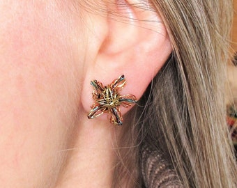 14k Gold flower earrings - Yellow gold flower earrings -  art earrings
