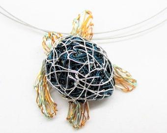 Sea turtle necklace - art jewellery - ocean jewels - modern jewellery design - wire art ideas - unusual jewellery - summer gift for teacher