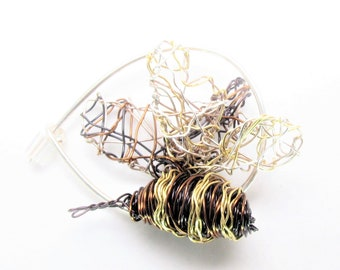 Bee brooch pin, small, bumble bee pin, honey bee jewelry, black gold, wire, sculpted, unusual, art jewelry, Christmas gift for mom