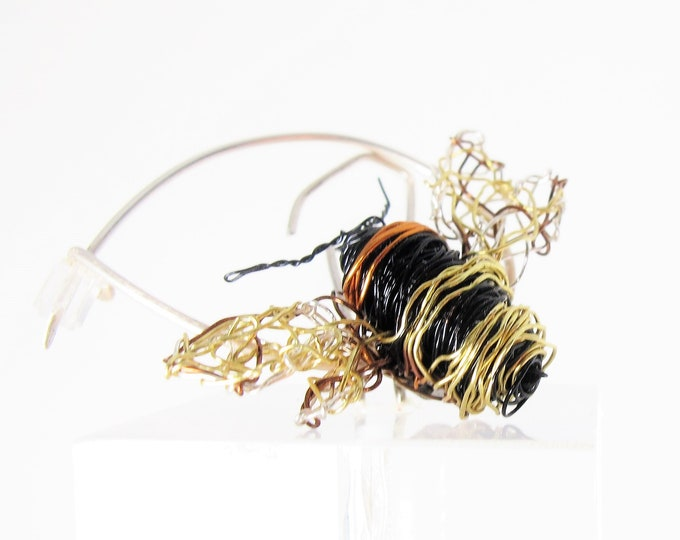 Featured listing image: Bumblebee pin - bee brooch - bee artwork - black gold jewelry - insect jewelry -  contemporary jewelry - anniversary gift for her