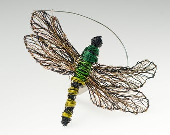 Green dragonfly brooch, insect sculpture art