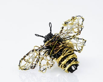 Cute bee art pin, honey bee pin, wire insect jewelry