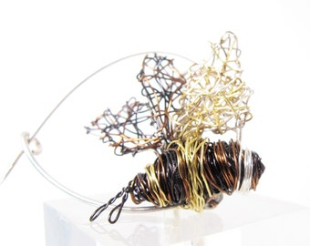 Bumble bee pin, black gold bee brooch, cute pin, wire art sculpture animal, insect bee wings, modern jewelry, unusual gifts for her birthday