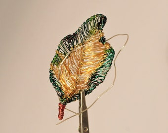 Gold leaf brooch Green leaf pin Wire leaf sculpture art jewelry Large brooch Nature inspired Plant pin Unusual brooch Art pin Modern hippie